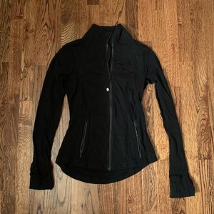 Lulu Lemon zip up in size small!